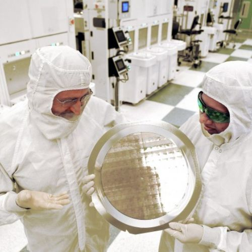 IBM realizza il primo chip al mondo a 7 nm
