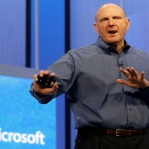 Ballmer, Windows 10 deve eseguire app Android