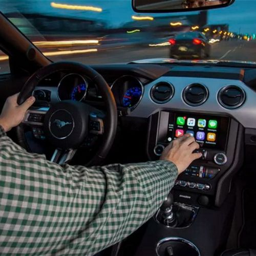 Ford supporterà sia CarPlay che Android Auto