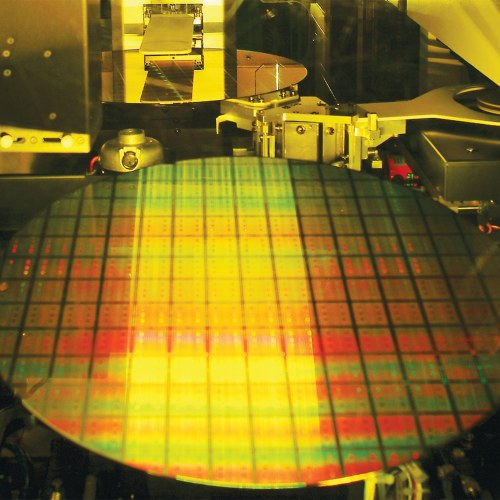 Samsung, processori a 7 nm all'inizio del 2018