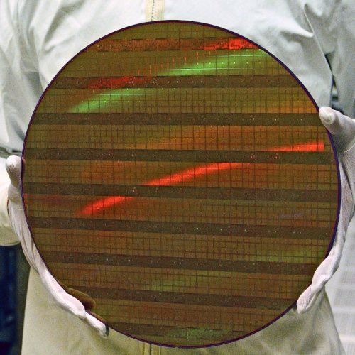 GlobalFoundries realizzerà chip per AMD a 7 nm con frequenza di clock pari a 5 GHz