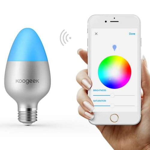 Lampade LED smart WiFi e altri prodotti gestibili da smartphone Android e iOS in offerta su Amazon
