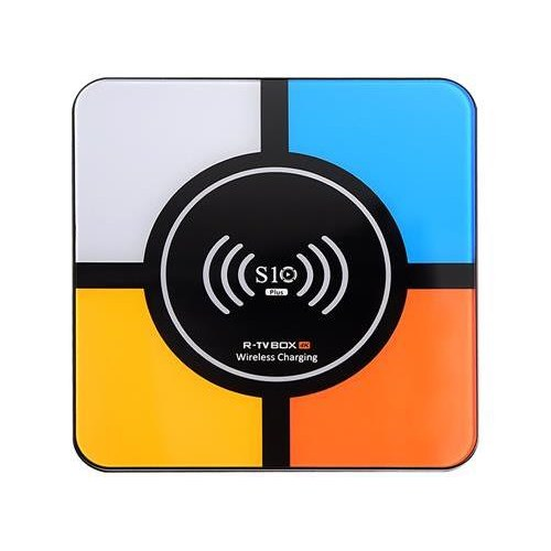 TV box Android 8.1 Oreo S10 Plus con base di ricarica wireless in offerta speciale su eBay