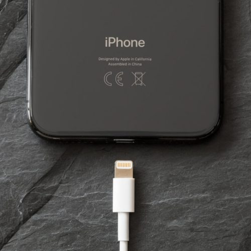 iPhone 12: l'ultimo smartphone Apple a usare il connettore Lightning